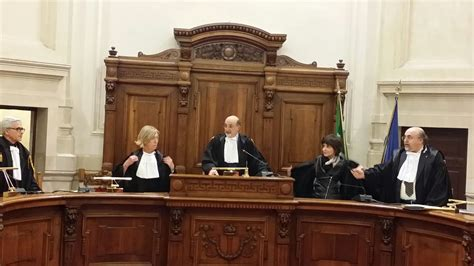 suprema corte cassazione corte di cassazione sezione iv sentenza 29 marzo 2016 n