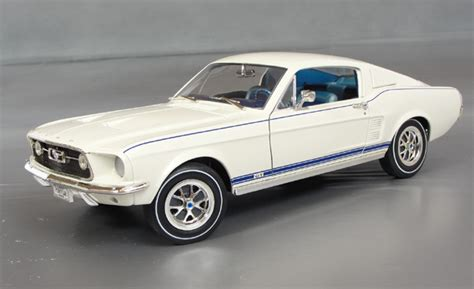 mustang gt   po details diecast cars