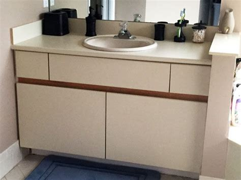 laminate kitchen cabinets paint best 25 laminate cabinet makeover ideas on