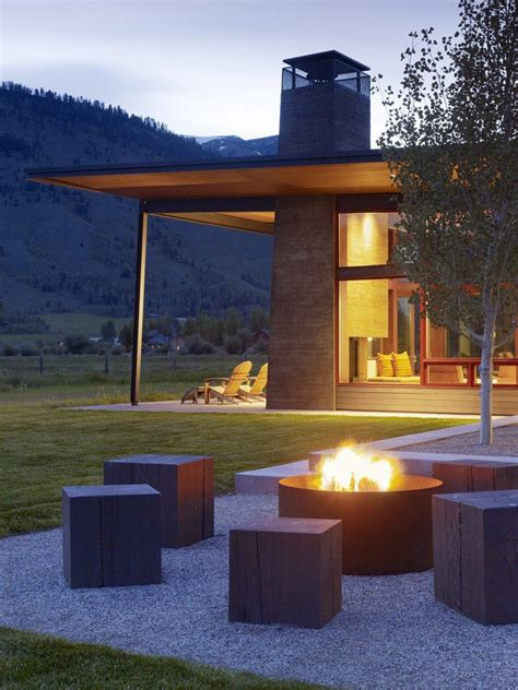 outdoor fire pit seating ideas  blend
