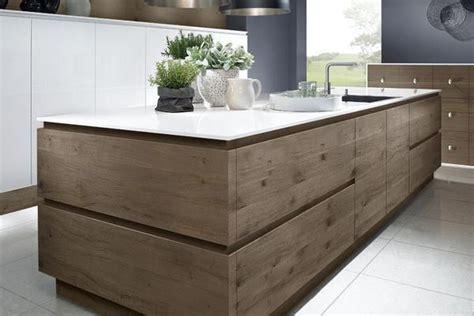 ce modèle de cuisine moderne en bois est un chef d 39 oeuvre