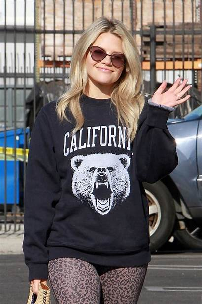 Witney Carson Dancing Stars Rehearsal Arrives Hollywood