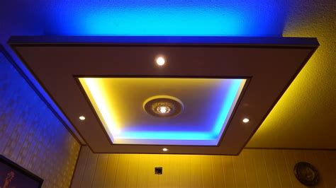 Deckenlampe Teilweise Mit Indirekter Beleuchtung Aus Gkb