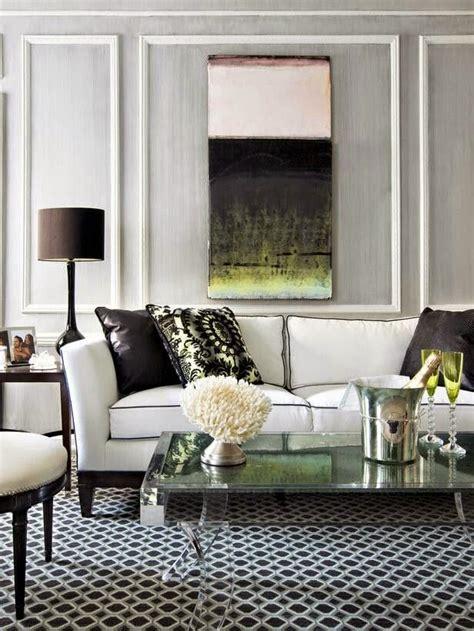 25 ideas de decoración de salas que poner al lado del sofa