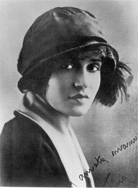 Tina Modotti, Behind the Camera and Out of Weston's Shadow