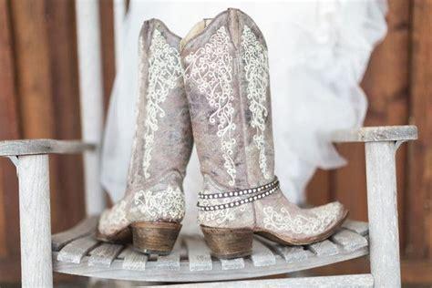 Best 25+ Wedding Cowboy Boots Ideas On Pinterest