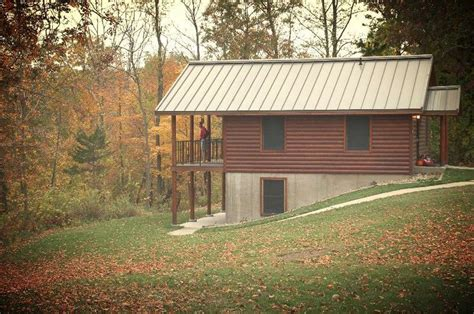 cabin rental iowa 17 best images about iowa cabins on hiking