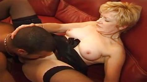 Mature Belgian Whore Enjoying Interracial Oral Sex