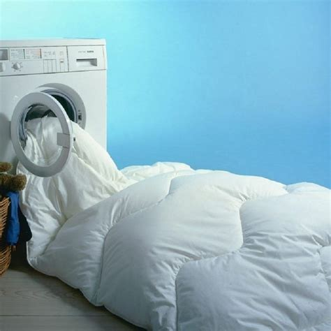 how to wash comforter goose bedding how to clean bedding at home
