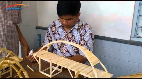 sma kristen 1 bikin jembatan unik dari stik es krim