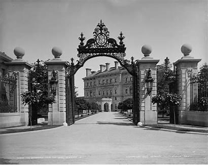 Breakers Newport Gate Island Mansion Rhode Vanderbilt