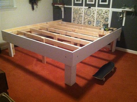 diy easy king size platform bed    storage space