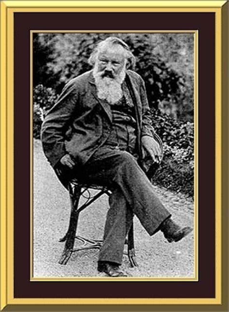 johannes brahms composer short biography  pictures
