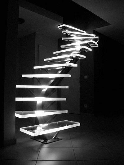 Ver más ideas sobre iluminación, interiores, led. LED Lighted Acrylic Stairs.   Futuristic home, Stairs design, Staircase design