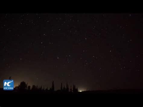 live of perseid meteor shower live perseid meteor shower paints sky