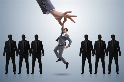 chinese firms competing  executive talent executive