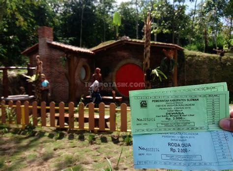 rumah hobbit cangkringan wisata hits terbaru pendamping