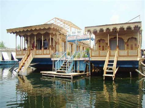 Kerala Boat House Cheap Rates by Kashmir Houseboats Budget Cheap Luxury Deluxe