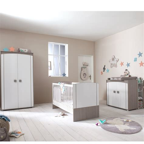 autour de bebe chambre bebe davaus chambre winnie autour de bebe avec des