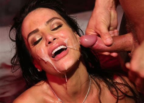 Lisa Ann Devilish Gangbang Group Do Sex In The Devil S Gangbang