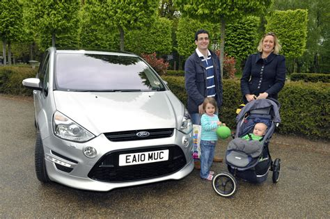 family car used car buying guide 7 seat family car for 163 15k green flag