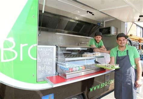 camion cuisine mobile leur camion restaurant sillonne le bab
