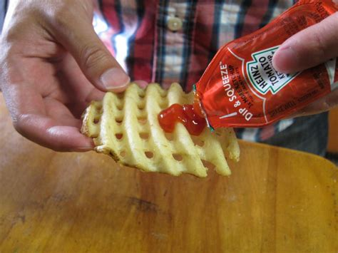 Review: Heinz - Dip & Squeeze Ketchup | Brand Eating