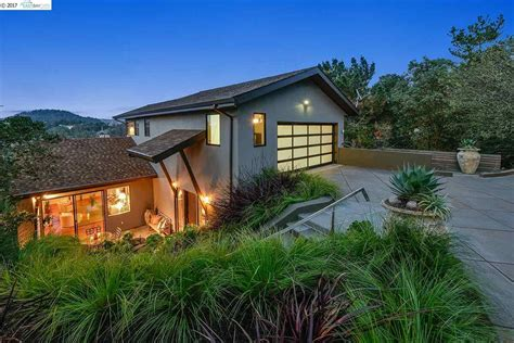 Piedmont Pines Contemporary For Sale At 46 Carisbrook Lane