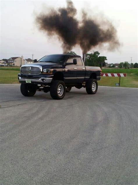 cummins truck rollin coal de 25 bedste id 233 er inden for rolling coal p 229 pinterest