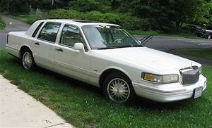 Pay For Lincoln Town Car 1995