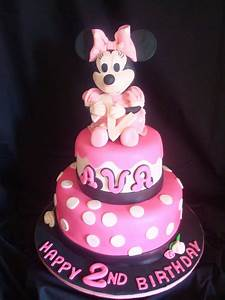 Pink Little Cake: Minnie Mouse Cake