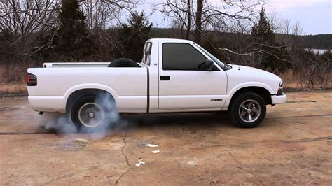 2001 Chevy S10 22l Manual Burnout Youtube