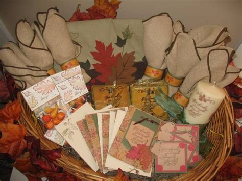Fall Raffle Basket  Purse Bingo Ideas  Pinterest. Backyard Patio Decorating Ideas. Christmas Decorating Ideas Above Kitchen Cabinets. Kitchen Cabinets And Flooring Ideas. Wood Veneer Ideas. Kitchen Paint Color Ideas Dark Cabinets. Decorating Ideas For Kitchen With Cherry Cabinets. Photoshoot Title Ideas. Best Ideas For Small Bathroom Storage