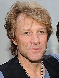 Jon Bon Jovi Injured Stage But Rocks People
