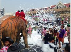 Songkran Water Festival, Bangkok 2016 Where Tradition