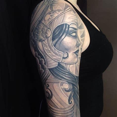 arm frau 1001 coole und realistische viking tattoos zum inspirieren