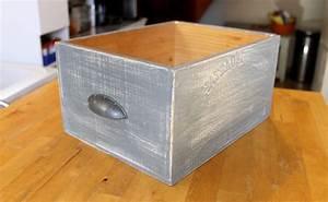 Caisse Bois Rangement : fabriquer des tiroirs de rangement avec des caisses de vin ~ Teatrodelosmanantiales.com Idées de Décoration