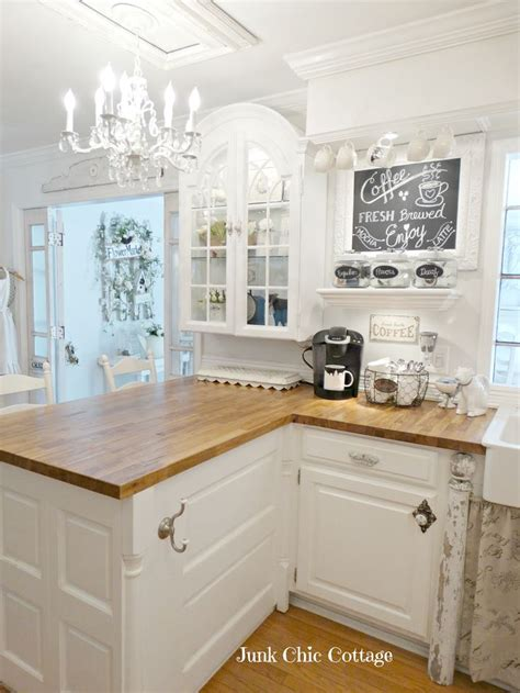 cuisine shabby chic best 25 small country kitchens ideas on