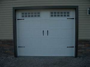 Neo victorian life 20 diy custom designed carriage doors for Carriage style garage doors cost
