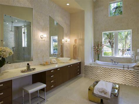 Modernes Badezimmer Beige by Glam Room Modern Bathrooms Lonny