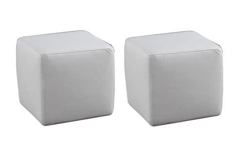 pouf en cuir blanc ensemble de 2 poufs carr 233 s en cuir blanc mobilier priv 233