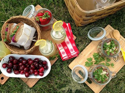 intrinsic beauty entertaining picnic
