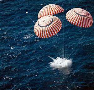 Apollo 16 spacecraft touches down in the central Pacific ...