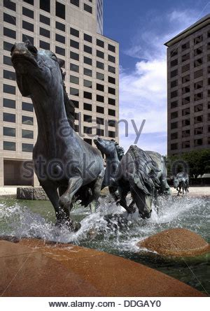 mustangs at las colinas is a bronze sculpture by robert