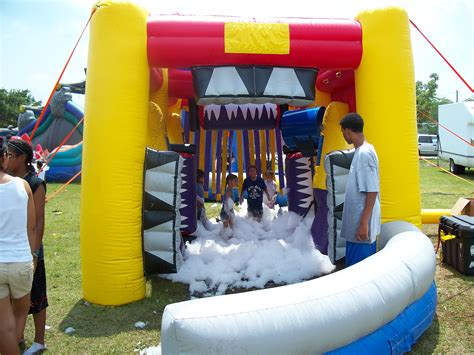 for kids car wash interactive inflatable rentals in miami