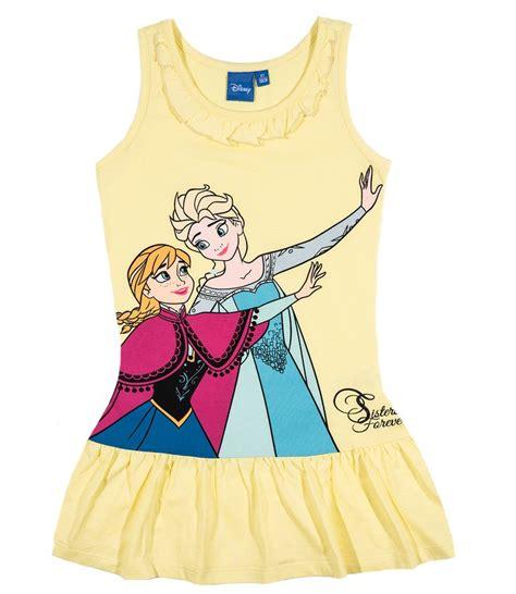die eiskönigin kleid die besten 25 eisk 246 nigin kleid ideen auf eisk 246 nigin elsa kleid frozen geburtstag