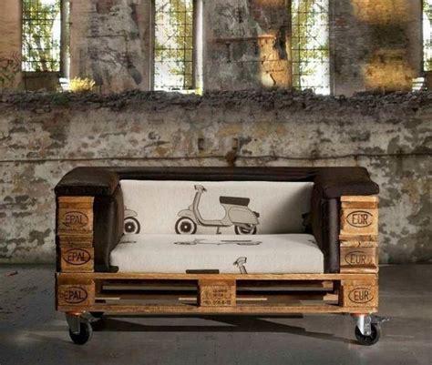canapé en bois de palette canape en bois de palette mzaol com