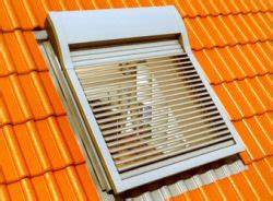 Velux Rollladen Nachrüsten : werso jalousierbarer rollladen f r dachfenster von ~ Michelbontemps.com Haus und Dekorationen
