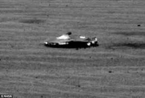 Nasa's Curiosity rover spots a mystery object on Mars ...