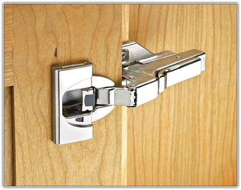 fitting kitchen cabinet hinges kitchen cabinet hardware hinges home design ideas 7215